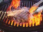 10-dampak-buruk-kebanyakan-makan-daging-dan-cara-menurunkan-kolesterol-setelah-mengonsumsi-daging.jpg