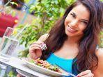 5-makanan-ini-dimakan-sehari-hari-ternyata-ada-racun-alaminya-bahayanya-sebabkan-kematian-mendadak.jpg