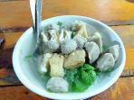 bakso-mamang-darto-di-jl-gusti-hamzah-kabupaten-sambas.jpg