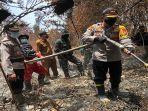 bambang-sukmo-wibowo-meninjau-lokasi-kebakaran-hutan12.jpg