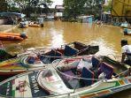 banjir-melawi-lapangan-basket-jadi-tempat-parkir.jpg