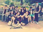 beredar-foto-lawas-idola-k-pop-berseragam-sekolah-jauh-sebelum-tenar.jpg