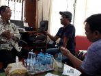 direktur-perumda-air-minum-tirta-pancur-aji-sanggau-yohanes-andriyus-wijaya-q.jpg