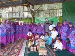 foto-bersama-dharma-wanita-kantor-wilayah-kementerian-agama.jpg