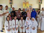 foto-bersama-mahasiswa-stik-muhammadiyah-ketua-rw-ketua-rt.jpg