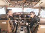 gaji-dan-tunjangan-pilot-terbaru-2021-lengkap-fasilitas-dan-jaminan-mewah-lainnya.jpg
