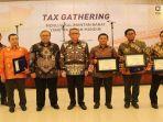 gubernur-kalbar-h-sutarmidji-usai-menghadirj-tax-gathering.jpg