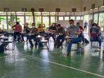 guru-sma-santo-paulus-pontianak-saat-mengikuti-workshop.jpg