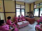 kapolsek-meranti-gelar-pertemuan-bersama-ibu-ibu-bhayangkari-ranting-meranti.jpg
