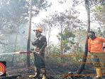 kebakaran-hutan-dan-lahan-di-beberapa-titik-di-wilayah-kota-pontianak-9.jpg
