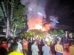 kebakaran-rumah-warga-di-desa-sungai-baru-sambas.jpg