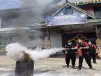 kegiatan-simulasi-penanggulangan-kebakaran-oleh-rutan-kelas-iib-kabupaten-bengkayang-s.jpg