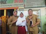 kepala-sekolah-kepsek-sd-negeri-09-kubu-raya-sri-priyantinah-listiyanti.jpg