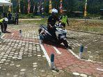 ketua-dprd-kayong-utara-sarnawi-mengikuti-ujian-praktik-wdsacx.jpg