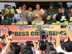 konferensi-pers-terkait-penangkapan-26-kg-sabu-dari-malaysia-4.jpg