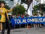 mahasiswa-yang-tergabung-dalam-bem-seluruh-indonesia-si-melakukan.jpg
