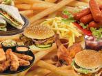 makanan-cepat-saji_20150513_223941.jpg