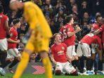 manchester-united-merayakan-gol.jpg