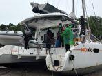 melaksanakan-evakuasi-terhadap-kapal-madimoo-milik-wna-7.jpg
