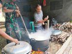 menyiapkan-makanan-di-dapur-umum-tmmd-3524.jpg