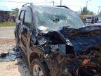 mobil-dinas-pemerintah-kota-singkawang-kecelakaan-di-selakau.jpg