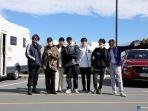 momen-menggemaskan-jin-bts-meyakinkan-rm-jungkook-buktikan-seokjin-raja-fashion.jpg