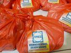 paket-sembako-yang-telah-disiapkan-oleh-asosiasi-pengusaha-indonesia-apindo-kalbar.jpg