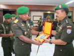 panglima-komando-daerah-militer-xiitanjungpura-mayor-jenderal-tni-herman-asaribabwefdf4v5yb.jpg