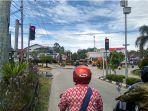 pantauan-arus-lalu-lintas-di-sekitar-kawasan-simpang-lima-lampu-merah.jpg