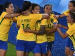 para-pemain-brasil-merayakan-gol_20160807_122438.jpg