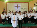 pastor-paroki-santo-paulus-sekayam-pastor-reinardus-randang-ofm-ca.jpg