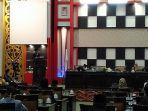 pelaksanaan-rapat-paripurna-dprd-kabupaten-sambas-12.jpg