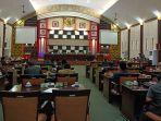 pelaksanaan-rapat-paripurna-dprd-kabupaten-sambas-1231243.jpg