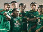 pemain-persebaya-surabaya-merayakan-kemenangan-pada-laga-piala-menpora-2021.jpg