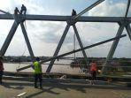pemasangan-bracing-jembatan.jpg