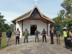 pengamanan-natal-di-gereja-di-sukadana-32.jpg