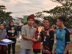 penyerahan-trophy-kepada-para-juara-kampus-iii-fkip-untan-jumat-1112019.jpg
