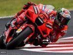 persaingan-gelar-juara-motogp-2021-fabio-quartararo-vs-francesco-bagnaia.jpg