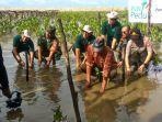 pln-dan-cinta-mangrove-park.jpg