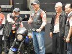 potret-maruf-amin-berpakaian-ala-bikers-pertama-kali-seumur-hidup-demi-pancasila.jpg