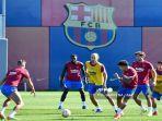 prediksi-barcelona-vs-granada-liga-spanyol-malam-ini-lengkap-jam-tayang-dan-link-live-streaming.jpg