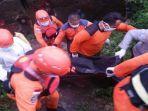 proses-evakuasi-warga-yang-telah-ditemukan-setelah-sejak-tanggal-1-september-diketahui-tenggelam.jpg