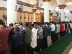 salat-kusuf-dilaksanakan-di-masjid-mujahidin.jpg