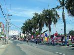 sejumlah-pedagang-musiman-yang-menjual-bendera.jpg