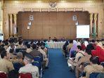 sekda-kabupaten-sambas-uray-tajudin_20180226_115044.jpg