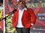 sekretaris-dewan-adat-dayak-dad-kabupaten-sanggau-urbanus75u6.jpg