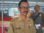 sekretaris-dinas-koperasi-ukm-dan-perdagangan-kabupaten-sekadau-sarno_20180403_182712.jpg