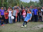 sepak-bola_20180415_115700.jpg