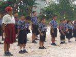 siswa-sdn-8-kelas-jauh-sungai-manyam-kecamatan-kelam-permai.jpg