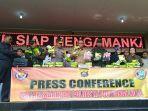 suasana-press-conference-di-mapolda-kalbar-pengungkapan-narkoba-26-kg.jpg